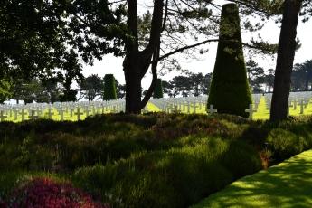 Le cimetière est très bien arborisé