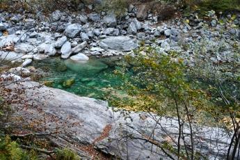 L'eau émeraude du Val Verzasca