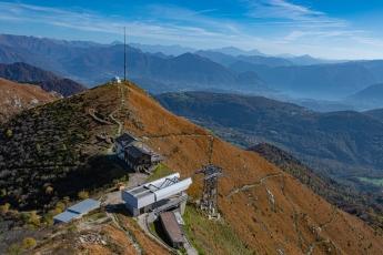 L'arrivée de la télécabine et le restaurant du Monte Lema