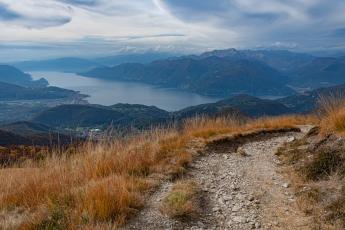 Le lac Majeur au détour d'un sentier